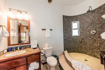Indigo Belize 3B Bathroom 3