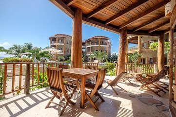 Indigo Belize 4A Beach Front Living Deck