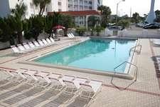 Heated Pool (Seasonally)