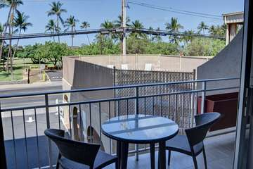 Enjoy a table for two on your private lanai with pool just steps away