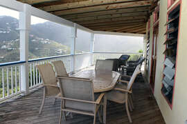 Alfresco dining on covered patio