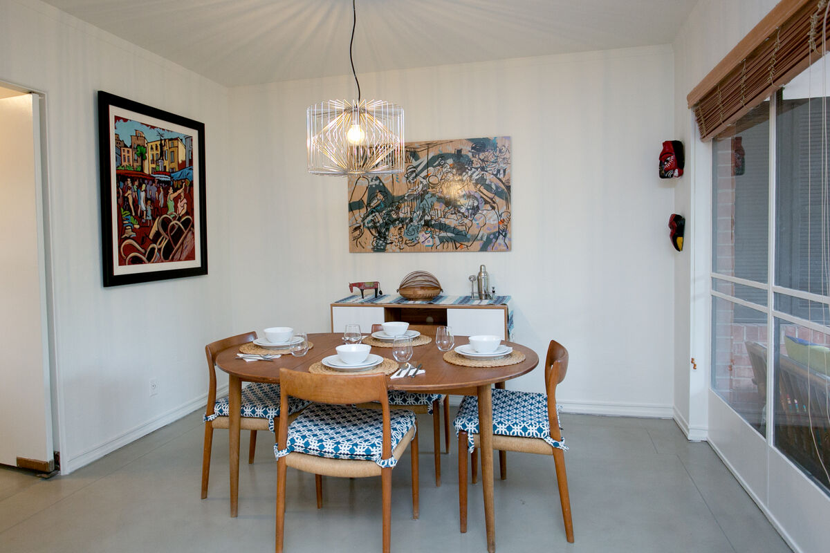 The nook is perfect for a sit down formal dinner or casual breakfast