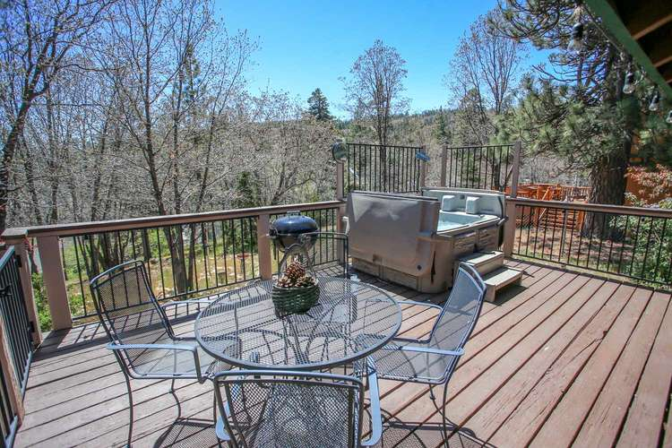 Spectacular Back Deck With Treed Views