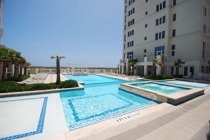 Beachfront Pools and Lounging