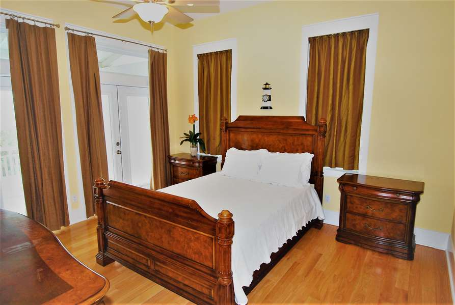 3rd Bedroom; Queen size bed3rd Floor3rd Floor