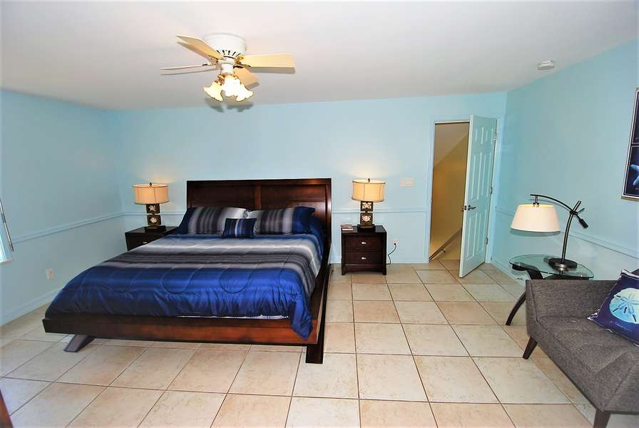 Master Bedroom- King Size Bed- 2nd Floor