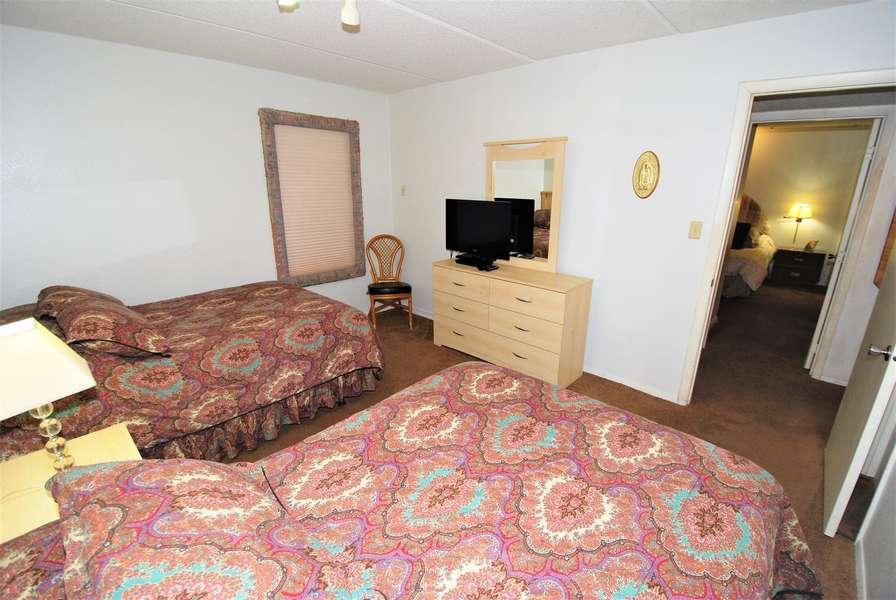 3rd bedroom; flat screen TV