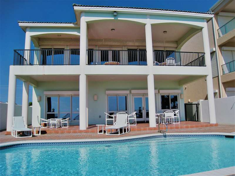 4 Bedroom Beachfront home with Private Swimming Pool