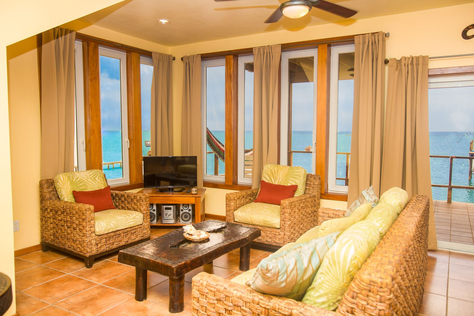 Turtle Casa Beach and Gaming Suites