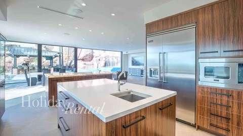 Huge brand new kitchen