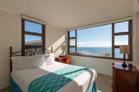 Wake up to amazing views of the ocean!