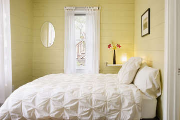 Bedroom #2 - also on the main floor, with comfy mattress and high quality linens