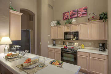 Fully stocked kitchen with everything you need to prepare sumptuous food and beverages will delight the chef