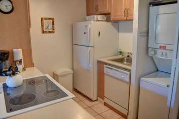 Kitchen and in unit washer/dryer