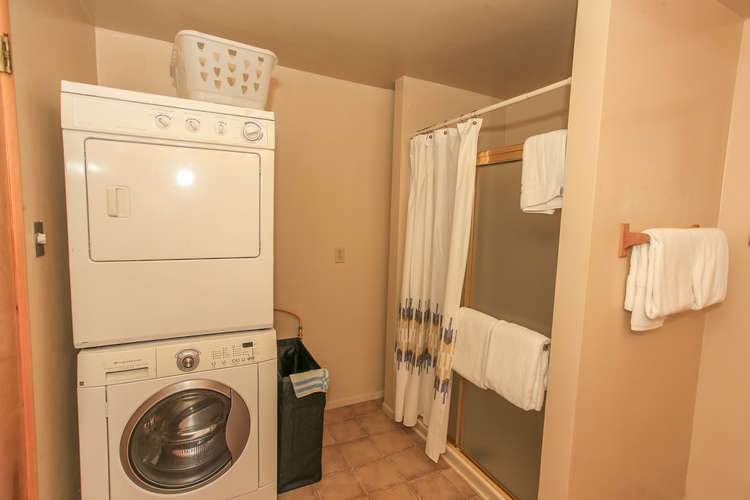 Laundry Available In Shared Bath