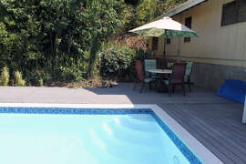 Pool with alfresco dining