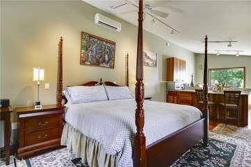Upper Level 2 - Bedroom