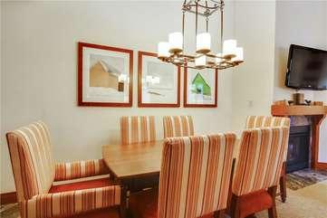 Unit 1109 - Dining Area