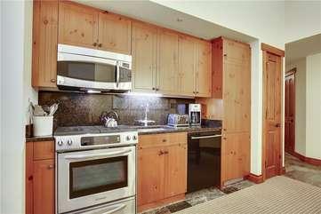 Unit 1109 - Kitchen