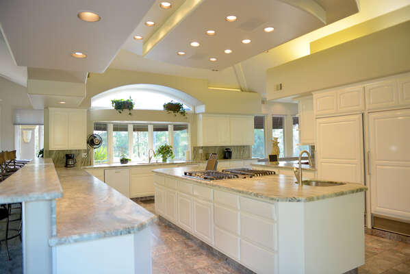 Massive open kitchen