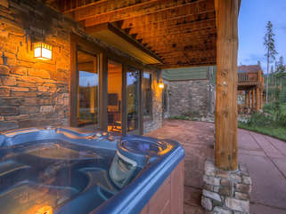 Hot Tub, first-floor patio.