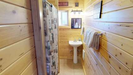 One of two bathrooms located in the cabin.