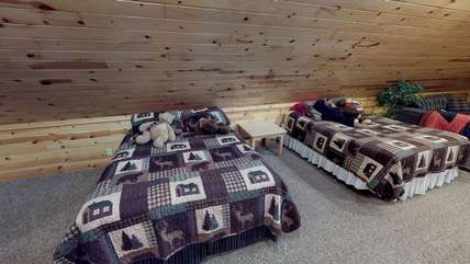 There are also two beds in the loft at Bear Foot.