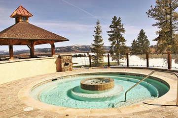 Hot Tub at the Lodge at Osprey Meadows