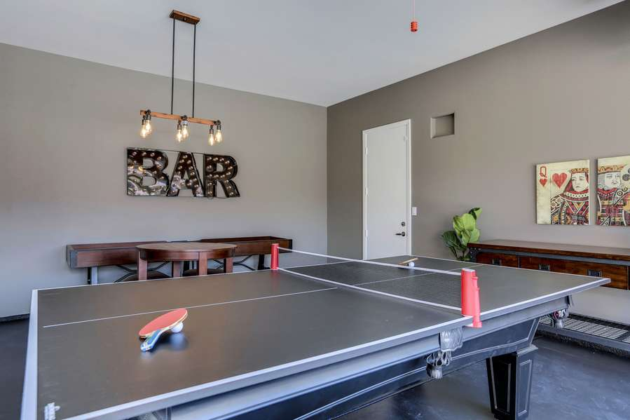 8 ft. Pool table comes with a custom ping pong top