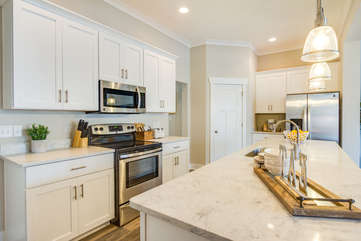 Beautiful custom cabinets and quartz countertops