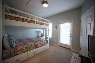 Spacious and bright newly finished bunk room with private balcony