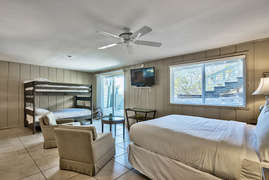 Mockingbird Lane - Vacation Rental in Four Mile Village