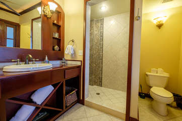 La Beliza Master Bathroom suite