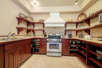 La Beliza 604 full kitchen