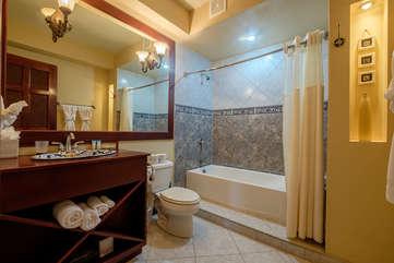La Beliza 603 guest bathroom