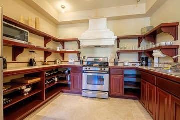 La Beliza 603 full kitchen