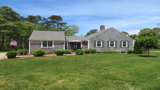 Welcome to the Monomoy Retreat - 33 Pine Grove West Harwich Cape Cod -  New England Vacation Rentals