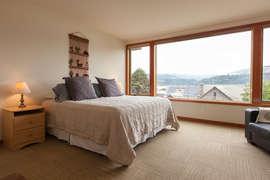 Level 1 - Bedroom 3 - Queen + Twin Bedroom