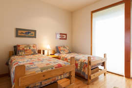 Level 2 - Bedroom 2 - 2 Twin Beds