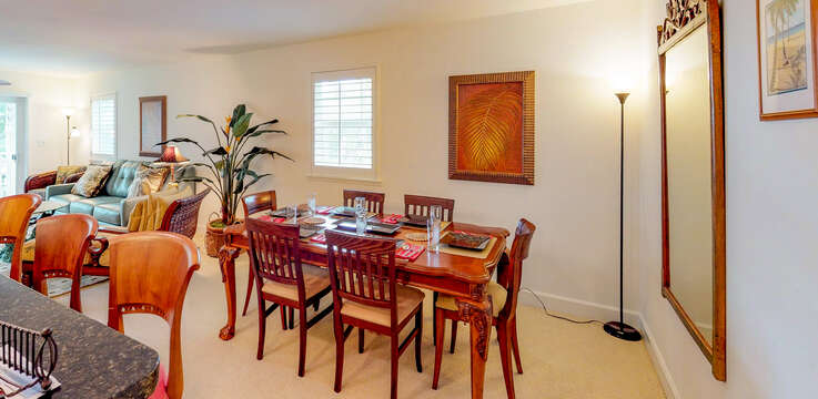 Comfortable Dining Room Seating for Six