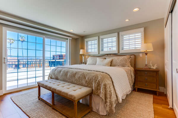 3rd floor Master bedroom with King bed, private patio, ensuite bathroom