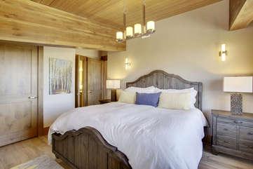 Guest bedroom 2
