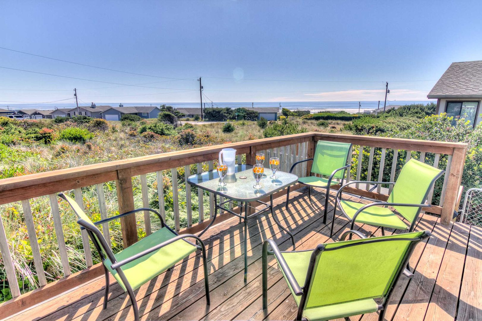 Enjoy the sunny deck and ocean views!