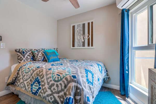 Bedroom #1- Queen bed