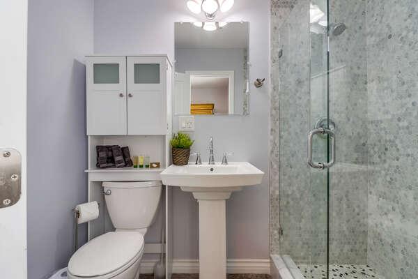 Master Ensuite Bathroom with Shower