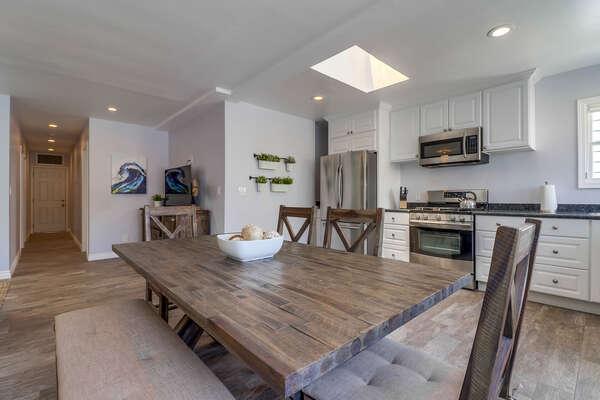 Open floor plan with natural light