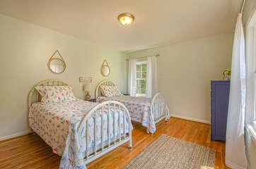 twin bedroom, main level