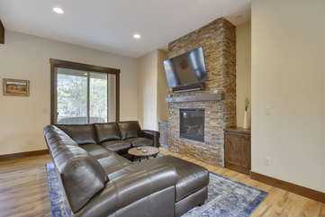 Beautiful gas fireplace with custom stone work