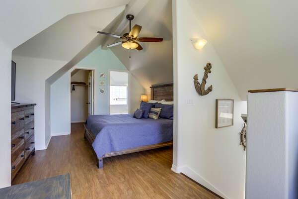 3rd floor MASTER bedroom with King bed, en suite bathroom, TV and patio access