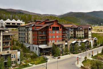 Beautiful building exterior with open 3rd floor hot tub plaza area